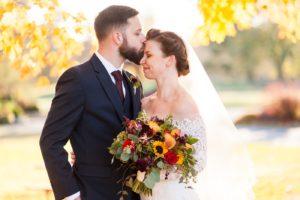 fall wedding woodlands at algonkian amber kay photography