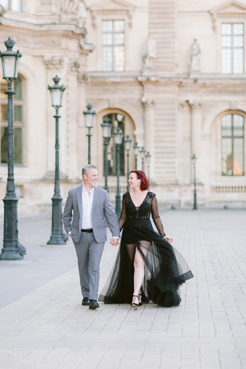 essential tips for planning your next vacation / phoot shoot in Paris by French Grey Photography